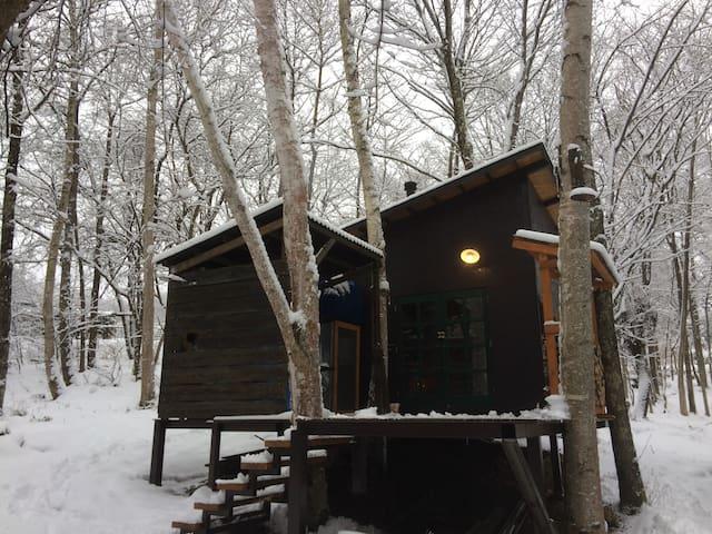 森の薪ストーブ小屋 - Chino-shi - Chata