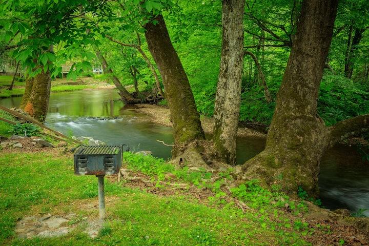 Twilight River Cabin