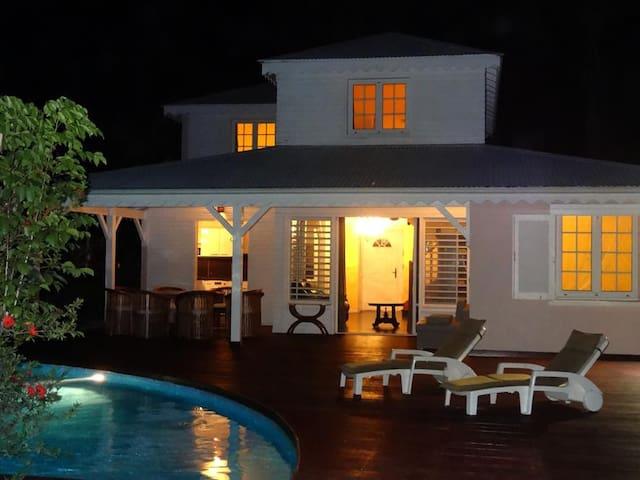 Villa située à 5 minutes des plus belles plages