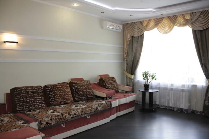 2к. Квартира на ул. Данилевского, возле м. Научная