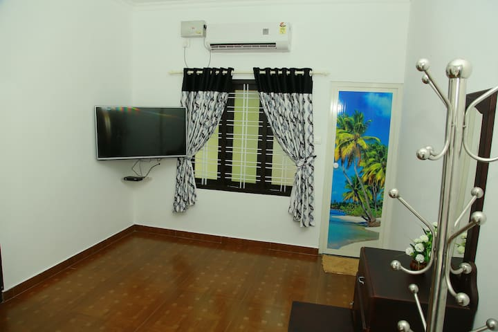 Neena Homestay at Marari beach (Lilly room) - Mararikulam - Dom