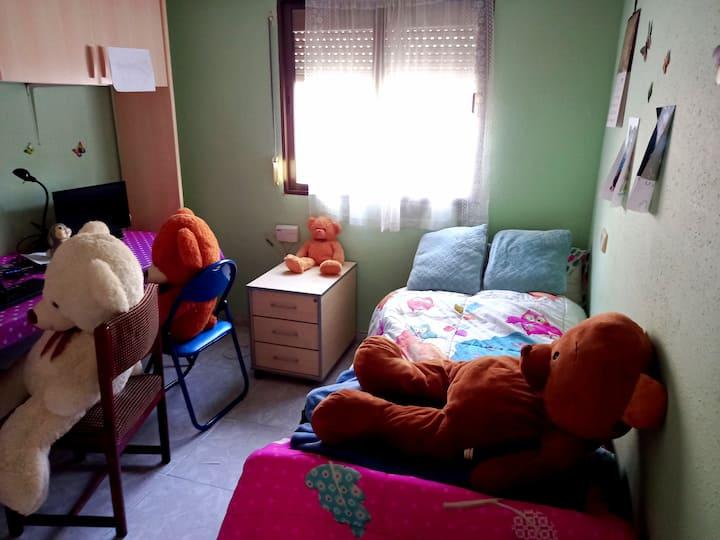 Bright Room Yanira 1.1 in shared flat