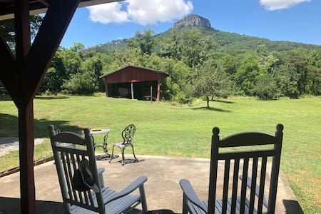 Beautifully Isolated Stay by Pilot Mountain