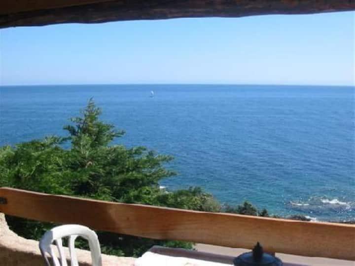 Villa Stella face à la mer, plage de sable 300 m