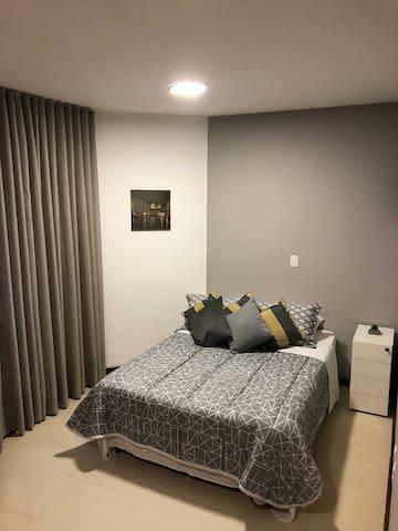 Suite aconchegante e espaçosa