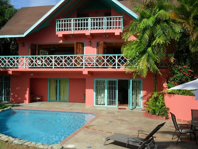 Villa Lahay with Panoramic Sea Views