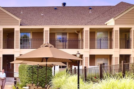 Sonesta Hotel ES suites - Franklin Township