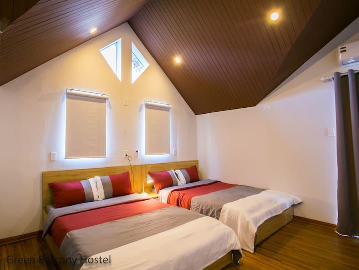 Attic Family Room, with balcony near MyKhe Beach