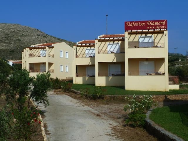 Elafonisos Diamond Resort - GR - Penzion (B&B)