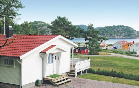 Amazing home in Lindesnes with 2 Bedrooms