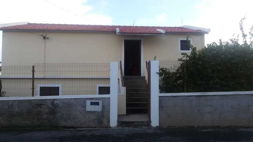 T2 - PORTO SANTO - Pedras Pretas - Casa