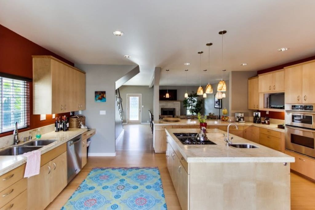 Gorgeous, open, gourmet kitchen with lots of room for all the Chefs.