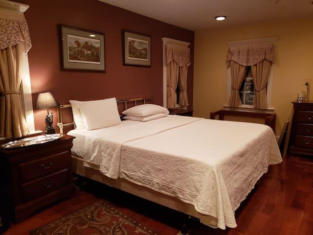 Barn Door Cottage in Lambertville - One Bedroom