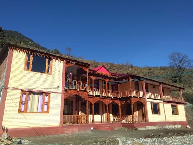 Garhwal GuestHouse Natin Village II
