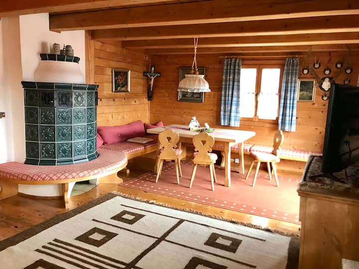Cozy log cabin style apartment, 3 bedrooms (6 ppl)