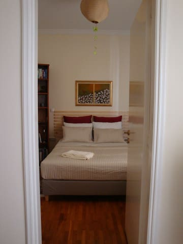 Lovely 1-bedroom apartment in Exarcheia - Athina - アパート