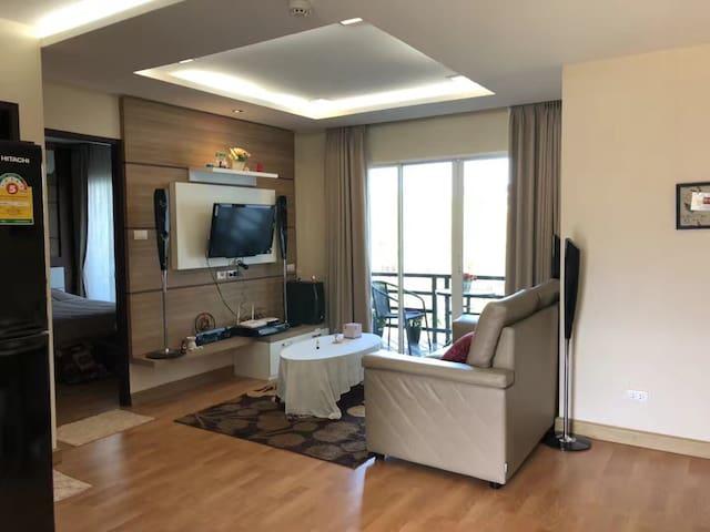 清迈Happy house 温馨泳池公寓(免费接送机) 中文房东