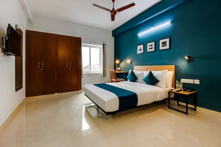 OYO SilverKey Furnished Hotel in Hyderabad