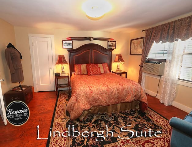 Lindbergh Suite at Rosevine Inn