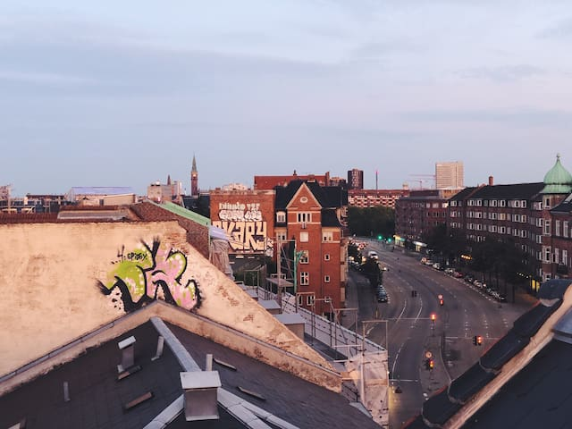 Lovely room in Nørrebro with private rooftop