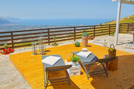 villa in a quiet area 600 meters above sea level - Alcamo