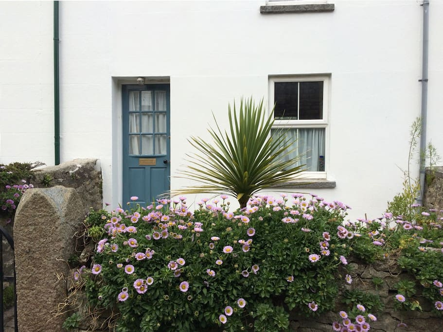 Welcome to our lovely cottage. Front door colour 2016