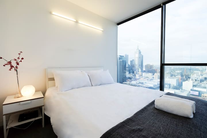 2BR City View Apt. with Free Wi-Fi - Melbourne - Lägenhet