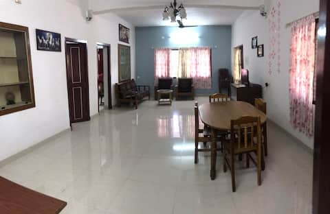 Home stay / service apartment  Calm locality