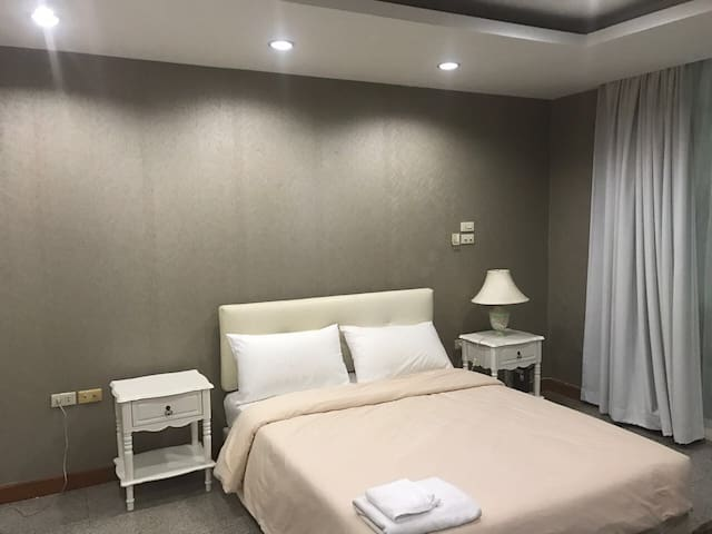 Private Balcony Studio - Bangkok - Apartemen