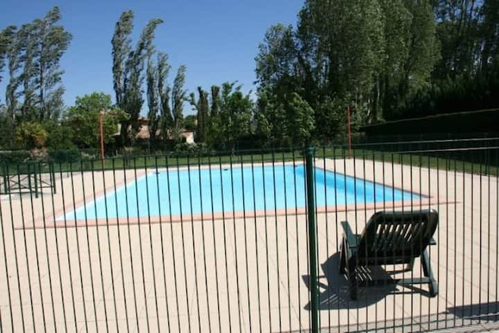 Appart 3 rooms air conditioner pool english host