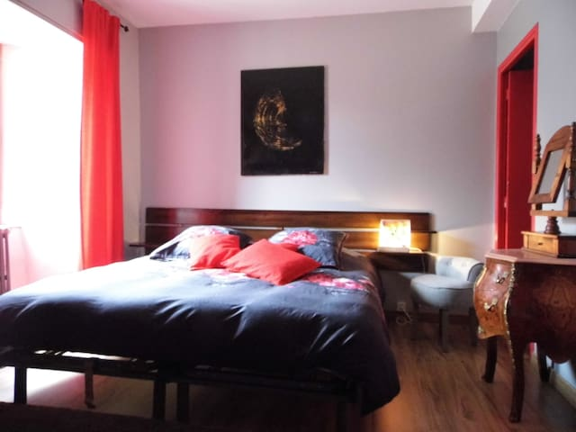 L'Atelier S chambre Louise - Bagnols-les-Bains