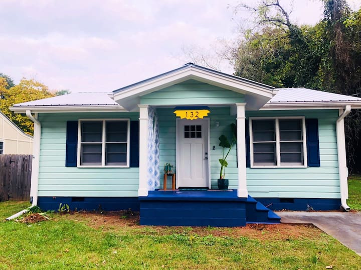 Tin-Roof Bungalow 1.5 From Dtwn ATH