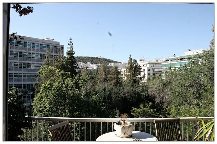 Smooth Central apartment with lovely view - Athina - Appartamento
