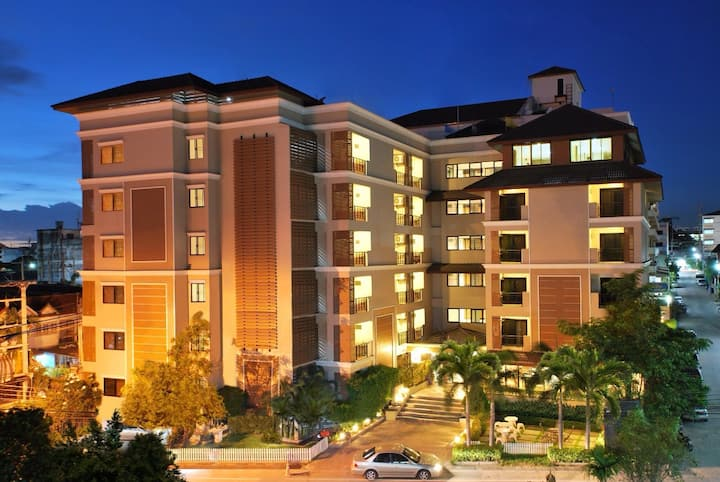 โรงแรมแกรนด์มารีน่าเรสซิเด้นท์ อ่าวอุดม แหลมฉบัง