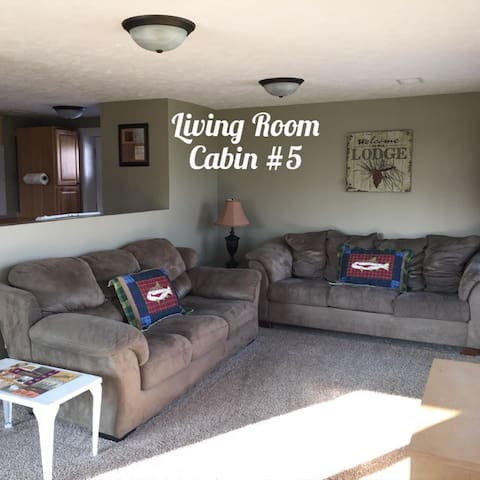 Lakefront Family Cabin at Resort - Hastings - Ev