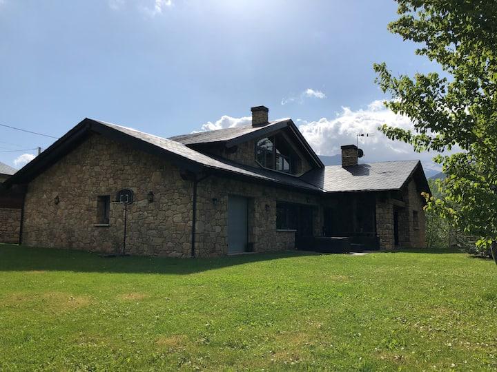 Spectacular mountain house Cerdanya