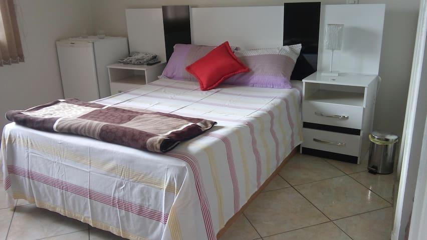 2 - Suite  para 2 (Paz) - Brasília - House