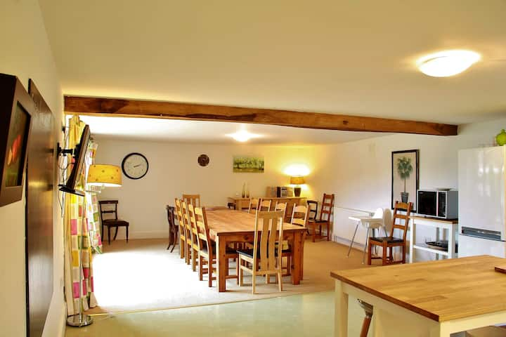 Spacious Barn Conversion Devon - sleeps up to 16