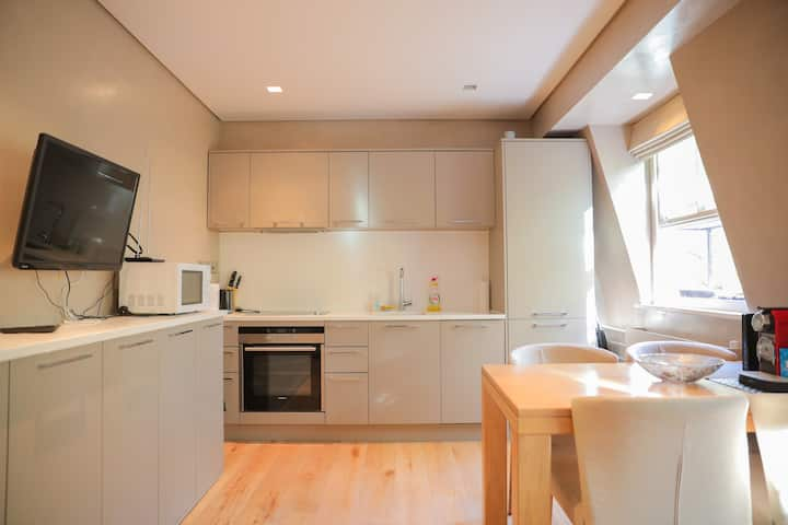Paddington Hyde Park Cozy Central Two Bed Flat