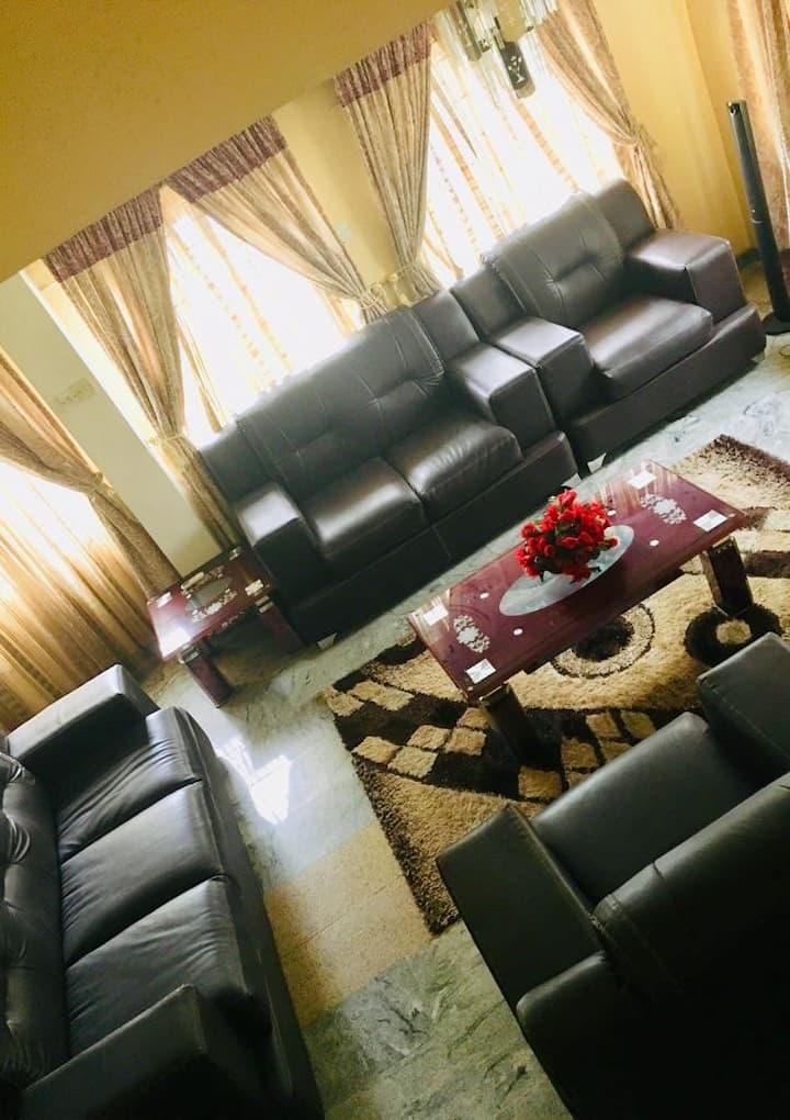Tastefully furnished 3 bedroom apartment