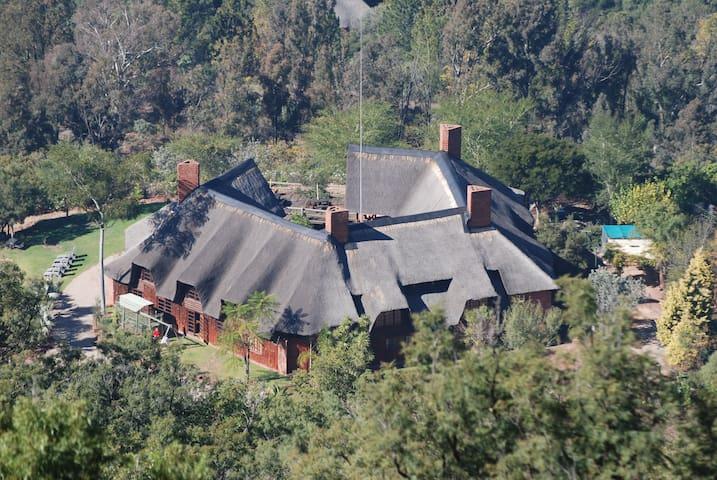 SparrowHawk Lodge