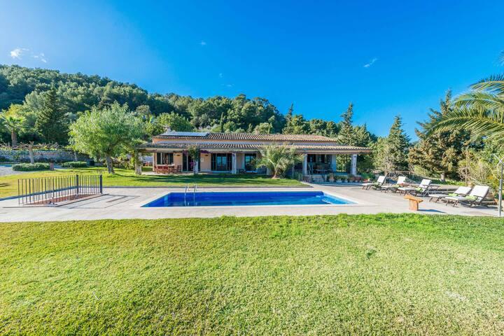CLADERA - Villa with private pool in sa Pobla. Free WiFi