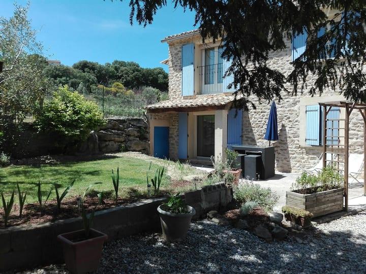 Au coeur des vignes et de la Drôme provençale