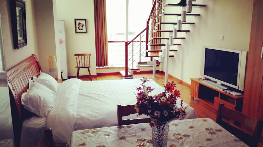 青岛金沙滩唐岛湾海景LOFT公寓 - Qingdao - Apartment
