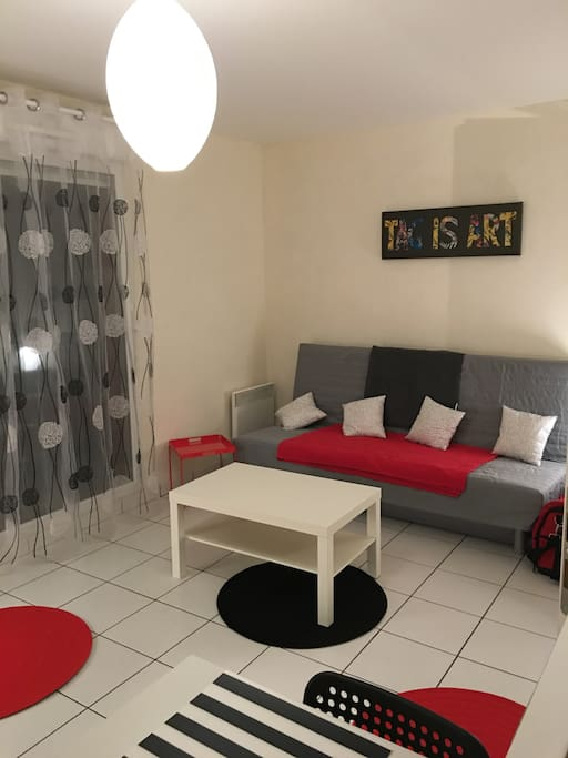 Grand studio meuble terrasse appartements louer - Location studio meuble ile de france ...
