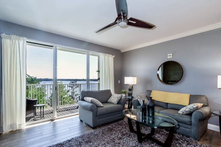 A Stunning View Awaits 1BR/2BA-DISNEY 1 MILE-SLP 6