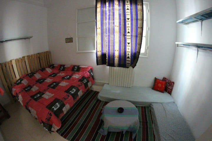 Cool Room @Artist's House @Salambo Beach 💚🪂🌈
