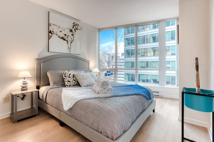 [1166-2X] CONTEMPORARY & COZY - CONVENTION CENTER! - 1 BED/GYM/PARKING