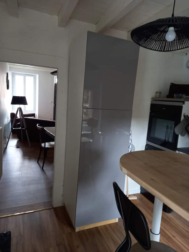 Maison avec trois chambres et salle bain privative