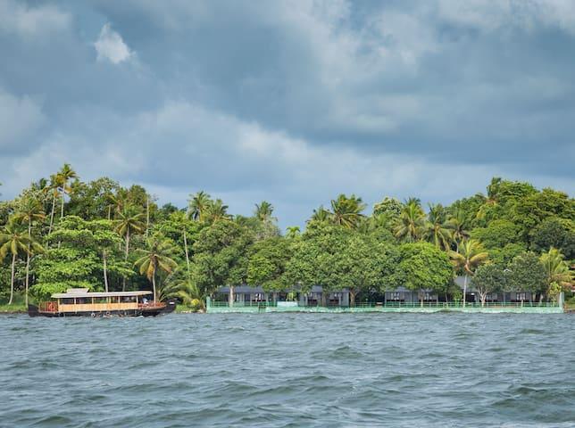 6 Basic AC Rooms  for16 Adults in Kumarakom,Kerala